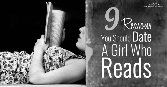 9 Reasons Why You Should Consider Dating A Girl Who Reads