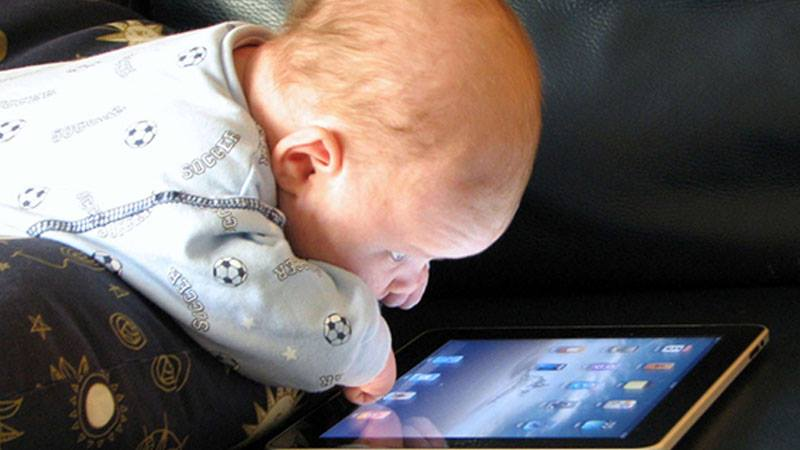 Modern Parenting May Hinder Brain Development – Studies Suggest
