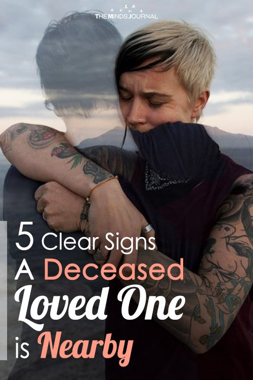 5 Clear Signs A Deceased Loved One is Nearby