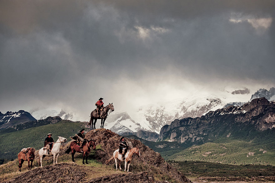 Stunning Portraits Of The World's Remotest Tribes 24