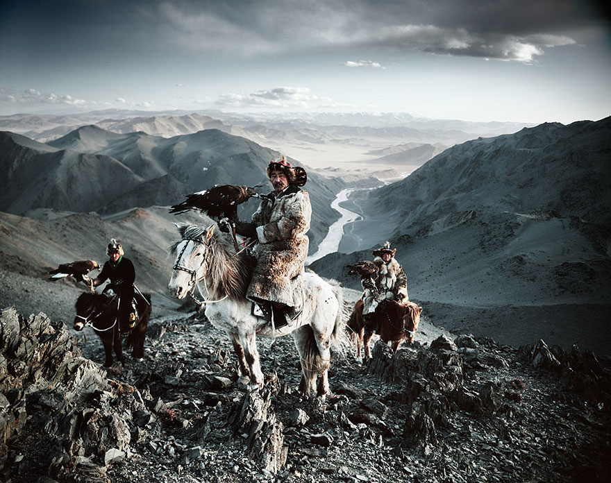 Stunning Portraits Of The World's Remotest Tribes 1