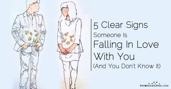 5 Clear Signs Someone Is Falling In Love With You (And You Don't Know It)