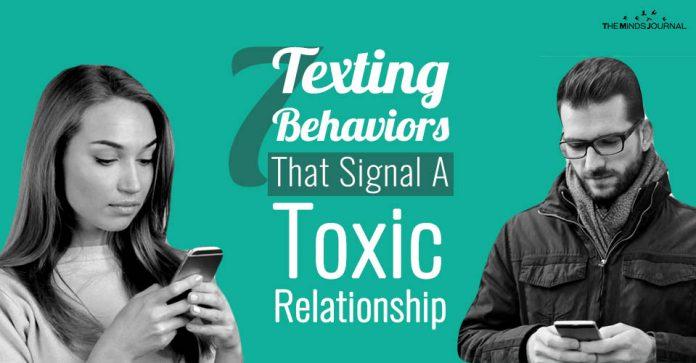 7 Texting Behaviors That Signal A Toxic Relationship