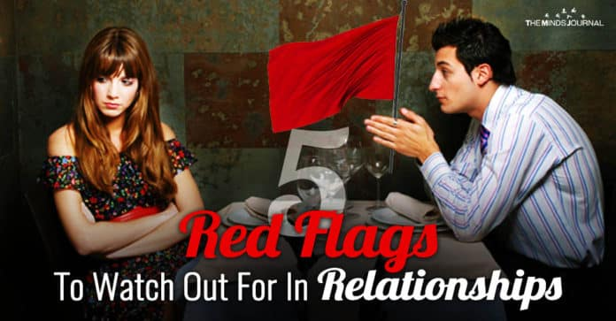 5 Red Flags To Watch Out For That Can Ruin Your Relationship