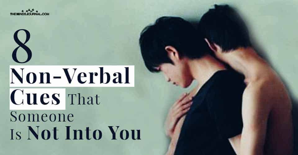 8 Nonverbal Cues That Someone Is Not Into You