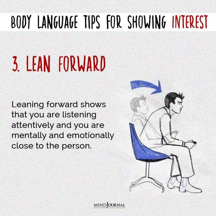body language lean forward